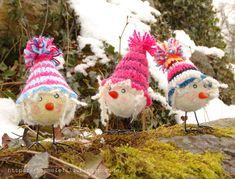 Lustige Osterküken, Filzkugel + Häkelmütze.... so hatte ich lustige Ostergeschenke. #ostern #küken #häkeln #filzen #basteln # bloggen
