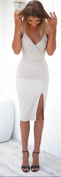 White dresses graduation - 30 White Graduation Dresses Designs for Stylish Babes – White dresses graduation Grad Dresses, Sexy Dresses, Dress Outfits, Homecoming Dresses, Short Dresses, White Graduation Dresses, Graduation Outfits For Women, White Dress Outfit, Emo Outfits