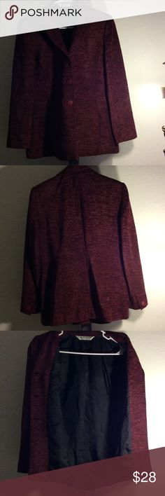 Austin Reed Petite- Red tweed style blazer Sophisticated red/black 3 button Vintage styled blazer... 2 functional side pockets... In good condition. Austin Reed Petite Jackets & Coats Blazers