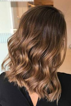 20 Popular Balayage Brown Hair Colors of 2019 - Style My Hairs Brown Hair Balayage, Brown Blonde Hair, Hair Color Balayage, Brunette Hair, Hair Highlights, Haircolor, Balayage Lob, Balayage Hair Brunette Caramel, Brunette With Caramel Highlights