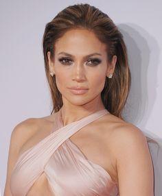 30 Latina-Approved Products to Make You Glow Like Jennifer Lopez | POPSUGAR Beauty
