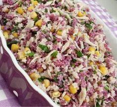 Bu salata tek kelime ile favoriniz olacak. ÇOCUKLARINIZDA bayılacak. Hem çok Şifalı Hemde ÇOOOK besleyici Yıldız Şehriye Salatası Malzemeler...