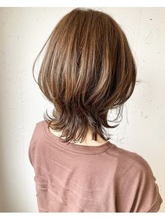 【2019年秋】ミディアムの髪型・ヘアアレンジ|人気順|13ページ目|ホットペッパービューティー ヘアスタイル・ヘアカタログ Modern Short Hairstyles, Cute Hairstyles For Medium Hair, Short Curly Haircuts, Haircut For Thick Hair, Curly Hair Cuts, Girl Haircuts, Medium Hair Cuts, Short Hair Cuts, Medium Hair Styles