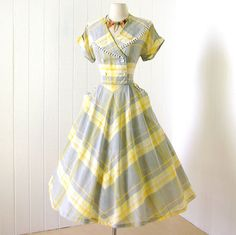 vintage 1940's dress ...classic CAY ARTLEY whispy by traven7