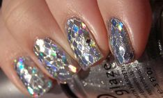 new year's eve attire for 2014 | Top 10 New Years Eve Manicures / Alyce Paris Prom Dress Blog