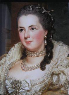 Sophie Jeanne Armande Elisabeth Septimanie comtesse d'Egmont Pignatelli 1740-1773  par Alexandre Roslin en 1763 - (detail)