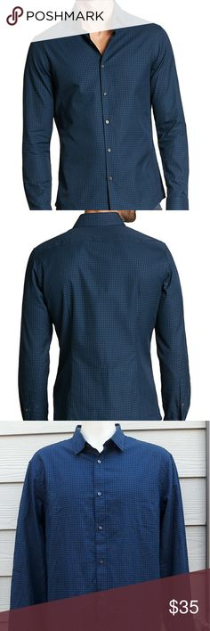 """Michael kors Slim Fit Dresa Shirt Michael Kors Men's Sz XXL Teal Blue Slim Fit Gingham Button Down Shirt 2XL  Length:33"""" Armpit to Armpit:25""""  Gently used with no flaws. Please see photos for exact details. Thank you for patronizing us. Michael kors  Shirts Dress Shirts"""