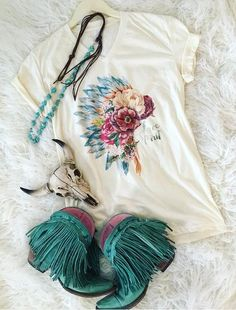 A boutique on the go for those blazin' their own trail through life -to- stay at home gypsies -- boho, gypsy, western style -- Cowgirl Outfits, Western Outfits, Cowgirl Dresses, Boot Outfits, Cowgirl Clothing, Cowgirl Jewelry, Western Dresses, Bohemian Jewelry, Southern Outfits