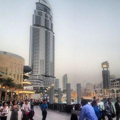 The Dubai Fountain   نافورة دبي -  #5 Weekend Activities Dubai, United Arab Emirates #JetpacCityGuides #Dubai