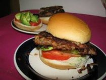 Mushroom Burger Recipe - vegetable oil, onion, garlic, green onions, cumin, fresh mushrooms, pinto beans, parsley