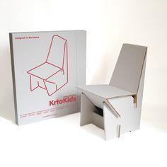 Una silla para niños y niñas de 3 a 6 años, para que jueguen con ella, la dibujen, la pinten y puedan ordenarlo dentro del cajón. En la parte post