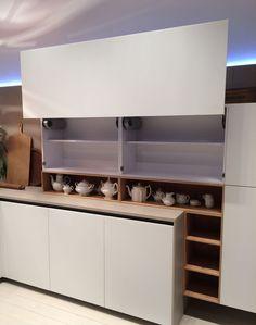Cocinas que quedan ocultas con las puertas de armario. kitchen design