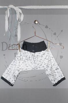 Spica cast trousers/leggings ARROWS  door Dreamflowerclothing
