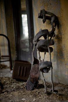 Metal leg braces for child; Tuberculosis Hospital, USA
