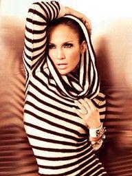 Jennifer. Outfit-Do.