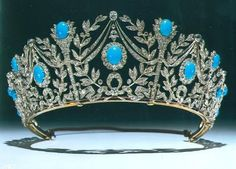 Princess Margaret's Persian Turquoise Tiara was given to her by her mother on her birthday along with a matching necklace, pendant earrings, a large square brooch, and several hair pieces. The tiara was created by Garrard in the early Royal Crowns, Royal Tiaras, Tiaras And Crowns, Diamond Tiara, Rose Cut Diamond, Princesa Margaret, Antique Jewelry, Vintage Jewelry, Queen Mary