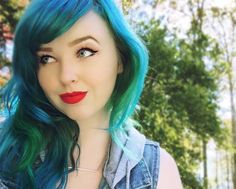 I finally went back to blue and I feel much better  I used @arcticfoxhaircolor's Poseidon and a lil' bit of Phantom Green. This was my first time using Arctic Fox so a review will be on the blog soon  http://www.poppyseeder.com/