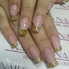 Uñas con cover pink, mythos collection, cosmoglitter, finish gel