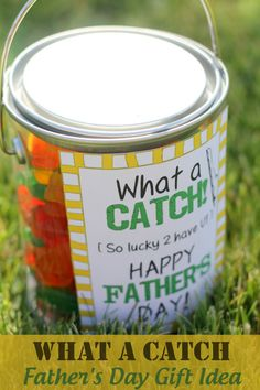 What A Catch Fathers Day Gift Idea with free print on { lilluna.com }