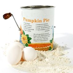 """Pumpkin Pie"" 3-Cup, 2-Wire Crank Sifter (Original Tin)"