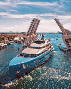 Yacht renting will make it significantly increasingly exceptional. In this article, we are going to give you a couple of tips that can enable you to rent a decent yacht. Super Yachts, Big Yachts, Yacht Design, Boat Design, Design Art, Toyota Supra, Toyota Camry, Corolla Toyota, Bateau Yacht