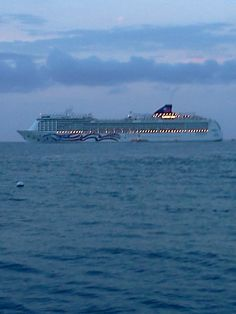 Early Filming At Kona Pier The Wednesday Cruise Ship Just Came In At Dawn