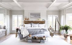 Recreate the effortless sophistication and laid-back vibe of the Hamptons with a relaxed New England style bedroom.