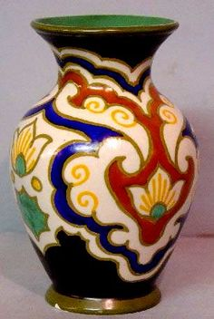 GOUDA Pottery Wheel, Slab Pottery, Ceramic Pottery, Gouda, Wheel Throwing, Vintage Pottery, Ceramic Painting, Arabesque, Arts And Crafts