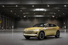 First drive: Skoda Vision E concept review    Skoda's future electric model shows promise, but the brand's first EV already has its work cut out against the Tesla Model 3  The Skoda Vision E concept typifies the zeitgeist of today's automotiv   https://www.autocar.co.uk/car-news/motor-shows-shanghai-auto-show/first-drive-skoda-vision-e-concept-review