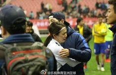 "Song Ji Hyo and Song Joong Ki Share an Emotional Hug on ""Running Man"" Set Running Man Cast, Running Man Korean, Monday Couple, Songsong Couple, Ji Hyo Song, Song Joong Ki, Running Man Members, Kim Jong Kook, Korean Variety Shows"