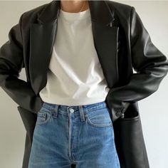 Fashion Gone rouge Mode Outfits, Casual Outfits, Fashion Outfits, Womens Fashion, Minimalist Outfit, Minimalist Fashion, Oversize Look, Looks Hip Hop, Fashion Gone Rouge
