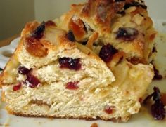 Yummy by Emmy: Cranberry-Orange Sweet Bread Bread Recipes, Cooking Recipes, Easy Recipes, Argentina Food, Crazy Cakes, Sweets Cake, Sweet Bread, Christmas Baking, Finger Foods