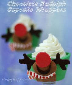 Hungry Happenings: Edible Cupcake Wrapper - Adorable Rudolph Looks to the Sky