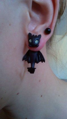 Toothless Night Fury clinging earrings from the Movie How To Train Your Dragon Fake Gauge on Etsy, $24.58