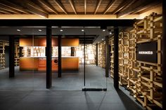 Completed in 2016 in Kyoto, Japan. Images by Takumi Ota. This was an architectural project for the design of Daimaru Kyoto, Gion Machiya, as a part of Daimaru's anniversary for its foundation. Visual Merchandising, Hermes Store, Window Display Retail, Retail Displays, Shop Displays, Window Displays, Roof Shapes, Industrial Office Design, Store Windows