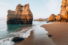 Sea Pillars of Portugal Free Stock Photo Stock Photo Sites, Free Stock Photos, Free Photos, Free Images, Places In Portugal, Portugal Travel, Famous Places, Best Sites, Nature Photos