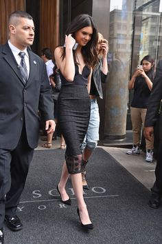 Kendall Jenner wears the Ace-To-Six skirt by CAMILLA AND MARC to her appearance on The Tonight Show with Jimmy Fallon. Available now at www.camillaandmarc.com