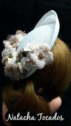 Quiero compartir lo último que he añadido a mis tiendas de #etsy #amazon y www.natachatocados.es #accesorios #boda #flores #beige #blanco #paja #flowers #evento #tocado #millinery #invitadaperfecta #pantone #outfit http://etsy.me/2tk49qy