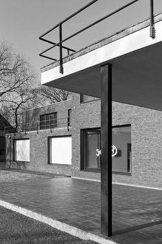Haus Lange Krefeld Arch. Mies van der Rohe Bauhaus