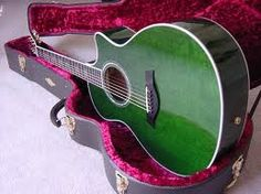 I love the acoustic guitar ♫