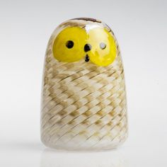 2017, Oiva Toikka, Brown Owlet, one-of-a-kind, blown during the event in the Corning Museum of Glass, Corning, NY in September 2017 (Photo: CMOG) Corning Museum Of Glass, Lassi, Glass Birds, Scandinavian, Glass Art, Textiles, Ceramics, Painting, Color