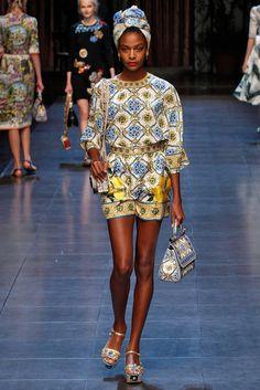 Coleção // Dolce & Gabbana, Milão, Verão 2016 RTW // Foto 83 // Desfiles // FFW