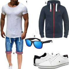 Sommer-Style mit Jeans-Shorts und Hoodie (m0423) #outfit #style #fashion #menswear #mensfashion #inspiration #shirt #cloth #clothing #männermode #herrenmode #shirt #mode #styling #sneaker #menstyle