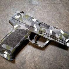 H&K USP with some multicam action. @hecklerandkoch #gunfun #gunporn #gun #guns #weaponsreloaded #gunchannels #gunsdaily #tacticalgear #cerakote #therightgrip2 #weaponsdaily #donttreadonme #dailygundose #dailybadass