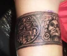 Resultado de imagen para brazaletes tatuajes para hombres