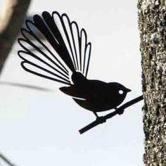NZ bird tree art made from Metal. Lovely bird art sculptures for your trees, featuring Tui, Fantail & Kereru. Bird Drawings, Easy Drawings, Colorful Bird Tattoos, Bird Stencil, Stencil Art, Maori Designs, Nz Art, Maori Art, Bird Silhouette