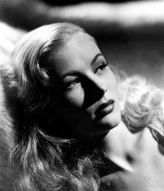 Veronica Lake: 1940's movie star/pin-up girl great face. Beautiful in life...