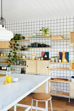 From beach shack to modern weekender, this Mornington Peninsula home has the ultimate Scandi makeover thanks to interior designer Simone Haag and landscape architect Mark Travers. Take a tour. Ikea Kitchen Storage, Kitchen Shelves, Kitchen On A Budget, Kitchen Items, Adjustable Shelving, Open Shelving, Wall Shelving, Shelving Ideas, Real Living Magazine