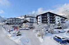 """Langsam kommt der Schnee auch nach Tirol...endlich! Wenn auch du willst das der Winter endlich richtig kommt dann klick auf """"Like""""."""