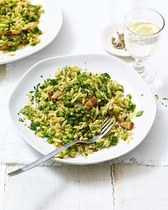 Taste the flavours of summer in this fresh risotto-style pasta dish – a great recipe for a last minute midweek dinner.